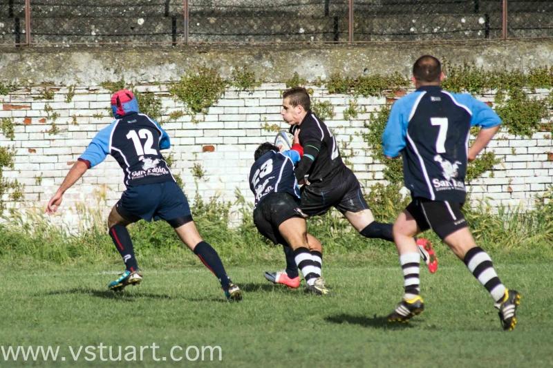 Prova di forza degli arieti rugby nel derby della for Cammina nei piani della dispensa