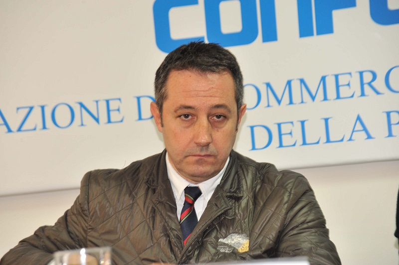 - Carlo-Salvicchi